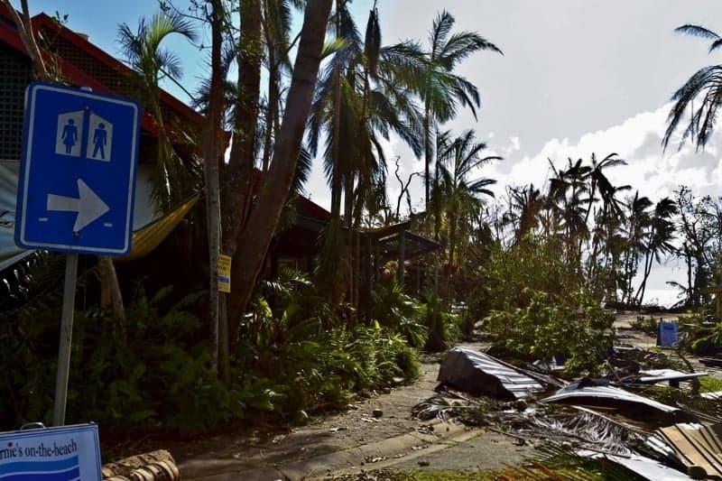 Cylone Yasi - Mission Beach