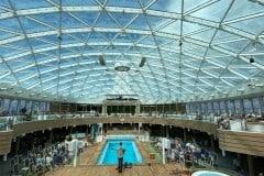 Iona P&O Cruises: Guide & Review