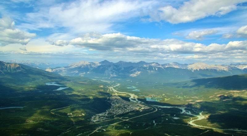 Jasper vs Banff - Intrepid Escape (1).jpg