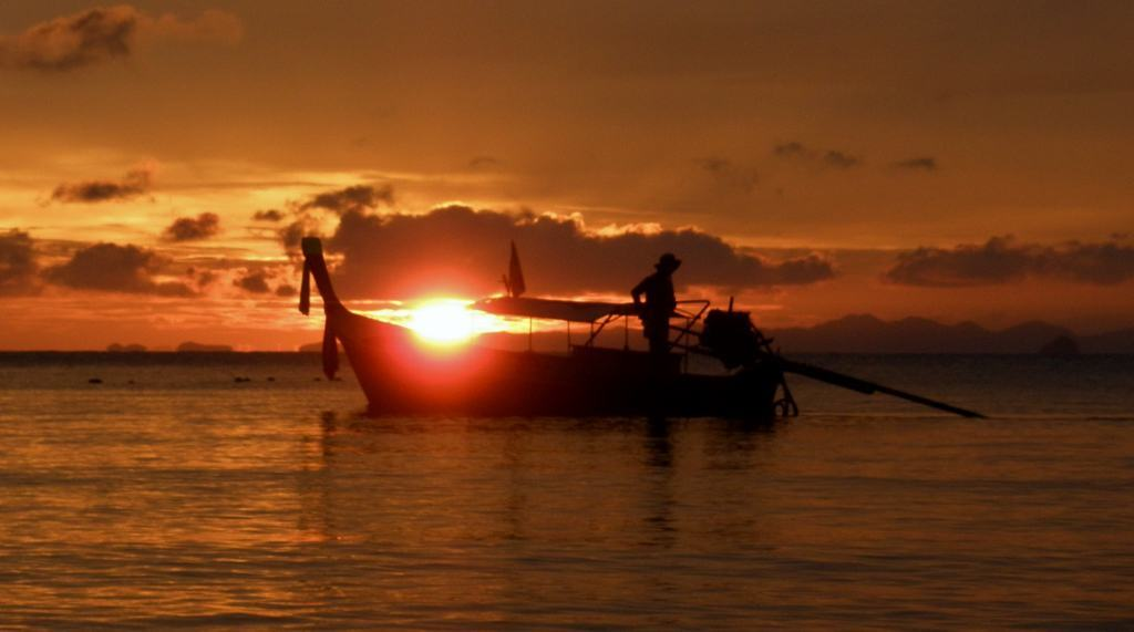 Stunning Sunsets, Railay - Intrepid Escape