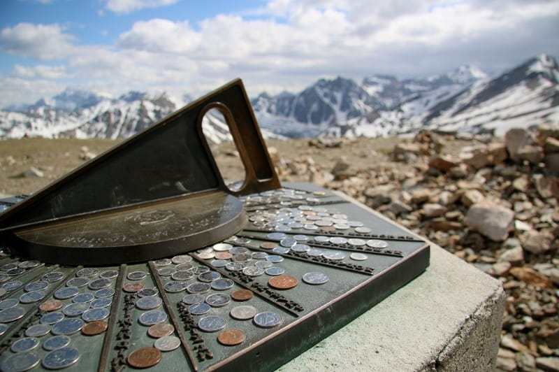 Jasper vs Banff - Intrepid Escape.jpg