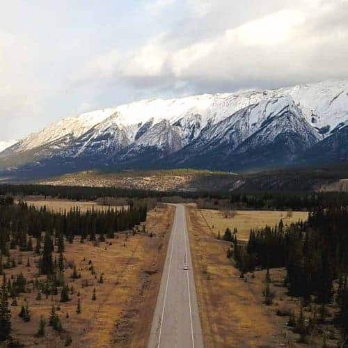 Alberta Winter road trip - Intrepid Escape