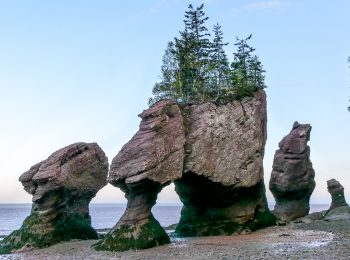 A guide to visiting Hopewell Rocks; tides, facts & night photography